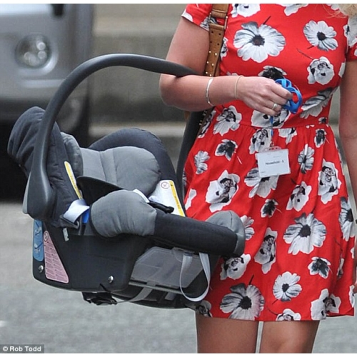 We've Been Carrying Baby Car Seats WRONG The Whole Time And Here's How To Do It Correctly